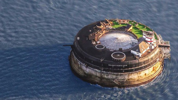 this-19th-century-sea-fort-has-been-converted-into-a-modern-luxury-hotel-6