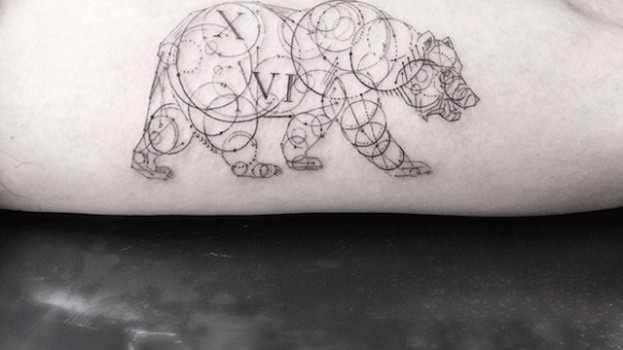 Elegant-Geometric-Tattoos-12